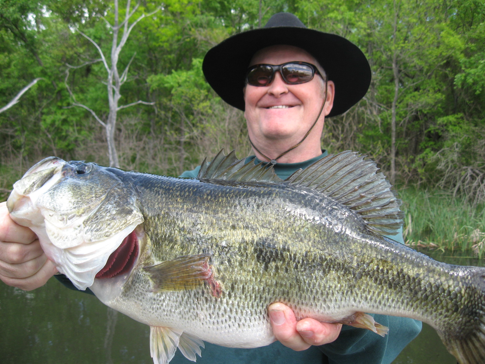 Big bass pictures, photos of trophy bass